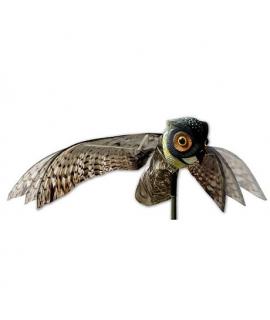 Lokkeugle med bevægelige vinger til kragejagt